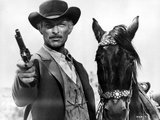 Lee Van Cleef Posed in Cowboy Suit With Horse Photo by  Movie Star News
