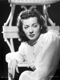 Gail Russell Posed in White Long Sleeves Photo by  Movie Star News