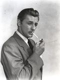 Robert Mitchum Posed in Classic Portrait Photo by  Movie Star News