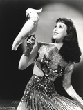 Loretta Young Lady Pose with Parrot Bird Photo by  Movie Star News