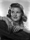 Barbara Bel-Geddes sitting and smiling Photo by  Movie Star News