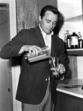 Robert Vaughn in Black Suit With Glass Photo by  Movie Star News