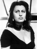Anna Magnani wearing a V-Necked Blouse Photo by  Movie Star News