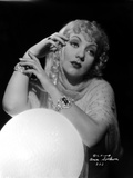 Ann Sothern wearing Bracelets in Both Hand Photo af Movie Star News
