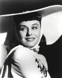 Paulette Goddard Posed with Big Hat Photo by  Movie Star News