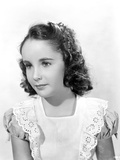 Elizabeth Taylor Child Classic Portrait Photo by  Movie Star News