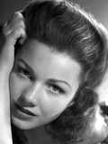 Anne Baxter Leaning on Hand and posed Photo by  Movie Star News