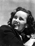Teresa Wright Looking Away in Classic Photo by  Movie Star News