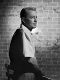 Alan Ladd Taking a Piss on the Wall Photo by  Movie Star News