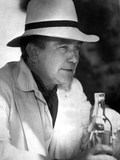 Albert Finney in White Suit With Hat Photo by  Movie Star News