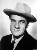 Karl Malden Posed in Black Suit With Hat Photo by  Movie Star News
