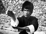Bruce Lee wearing a Kung Fu Attire Photo by  Movie Star News