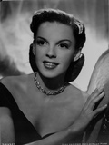 Judy Garland posed with a necklace Photo by  Movie Star News