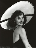 Paulette Goddard Sideways Portrait Photo by  Movie Star News