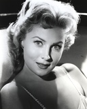 Rhonda Fleming smiling in Photo Photo by  Movie Star News