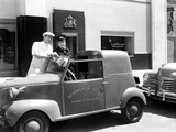 Abbott & Costello Posed with Car Photographie par  Movie Star News