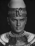 Ten Commandments Pharaoh in Crown Photo by  Movie Star News