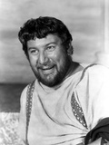 Peter Ustinov posed in White Dress Photo by  Movie Star News