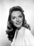 Julie London smiling Portrait Photo by  Movie Star News