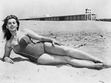 Sophia Loren posed at the Beach Photo by  Movie Star News