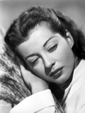 Gail Russell leaning on hand Photo by  Movie Star News
