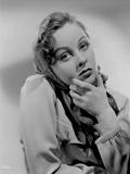 Susan Hayward Posed in Veil Photo by  Movie Star News