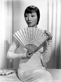 Anna Wong Holding a Fan Photo by  Movie Star News