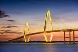 Charleston, South Carolina, USA at Arthur Ravenel Jr. Bridge. Fotografie-Druck von  SeanPavonePhoto