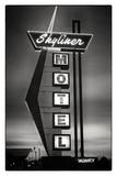 Skyliner Motel Giclee Print by Hakan Strand