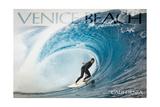 Venice Beach, California - Surfer in Perfect Wave Art par  Lantern Press