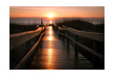 Beach Boardwalk Sunrise Giclee-tryk i høj kvalitet af  Lantern Press