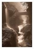 Waterfall on a Rainy Day Affiches par Igor Svibilsky