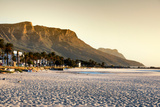 Awesome South Africa Collection - Sunset at Camps Bay - Cape Town Fotografisk tryk af Philippe Hugonnard