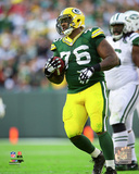 Mike Daniels 2014 Action Photo