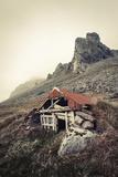 Abandoned Shelter Near Stokkness, Iceland, September 2015 Fotografisk tryk af Niall Benvie