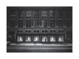 Saks Fifth Avenue In Snow Fotografisk tryk af Henri Silberman