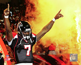 Michael Vick Action Photo