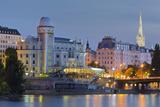 Urania, Stephansdom, Vienna River, 1st District, Internal Town, Vienna, Austria Impressão fotográfica por Rainer Mirau