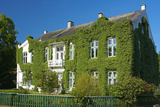 Germany, Schleswig-Holstein, GlŸcksburg, Villa, Facade, Overgrown, Ivy Photographic Print by Chris Seba