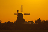 Germany, Lower Saxony, Barsinghausen, Wichtringhausen, Windmill, Sunset Photographic Print by Chris Seba