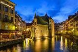 France, Rh™ne-Alpes, Haute-Savoie, Annecy, River Thiou, Old Town, Palais De L'Isle Photographic Print by Udo Siebig