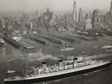 The Queen Mary Arriving in New York 1936 Photographic Print