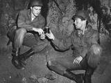 War Hunt, from Left: Robert Redford, Tom Skerritt, 1962 Foto