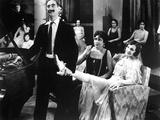 Animal Crackers, Groucho Marx, Margaret Dumont, 1930, Holding Her Leg Photo