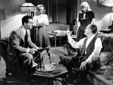 Double Indemnity, Fred Macmurray, Jean Heather, Barbara Stanwyck, Tom Powers, 1944 Photo