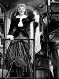 Meet Me in St. Louis, from Left, Judy Garland, Robert Emmett O'Connor, 1944 Photo