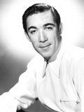 Anthony Quinn, 1946 Photo