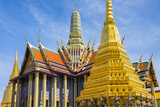 Prasat Phra Thep Bidon and Golden Stupa at Temple of the Emerald Buddha (Wat Phra Kaew) Photographic Print by Jason Langley
