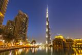 Dubai Burj Khalifa and Skyscrapers at Night, Dubai City, United Arab Emirates, Middle East Fotografisk tryk af Neale Clark