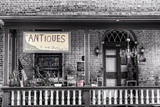 Antiques BW Fotografisk trykk av Bob Rouse